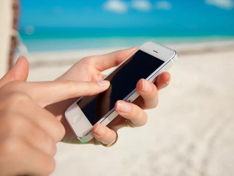 Телефон под солнцем перегревается быстрее